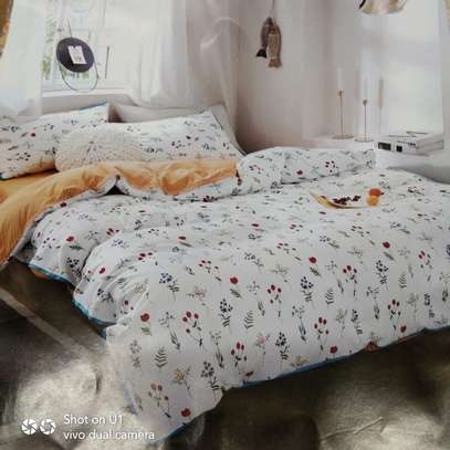 Binded quality Duvets image 5