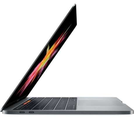 """APPLE 13"""" MacBook Pro with Touch Bar (2019) - 256 GB"""