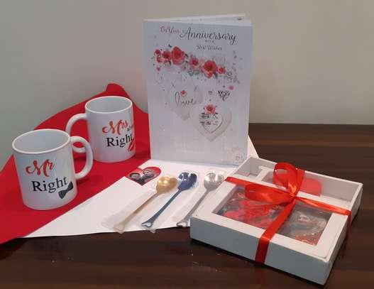 Customised Personalised Gift Hampers image 4