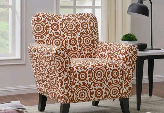 modern sofas/one seater sofa image 1