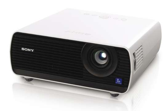 Sony VPL-DX 221 Projector image 1