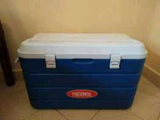 80 litres lockable thermos coolerbox image 2