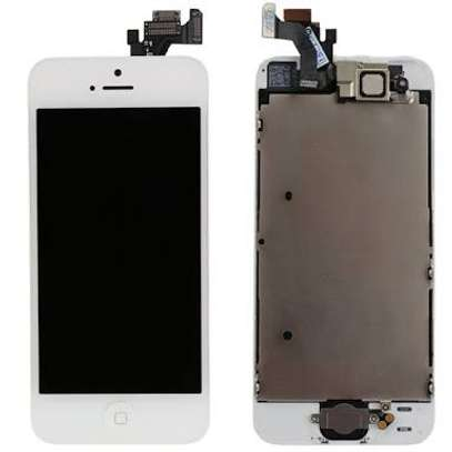 Apple iPhone Screen Replacement image 2