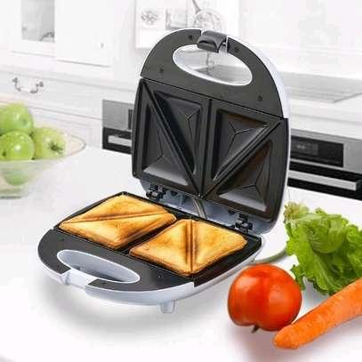Bread toaster /Sandwich maker on offer image 1