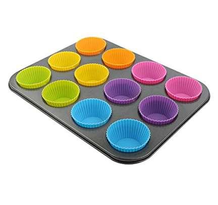 Silicone re-useable cupcake baking mold(12pcs) image 2