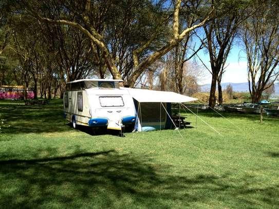 Camping caravan image 4