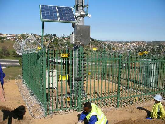 Electric fence installation in Kenya image 3