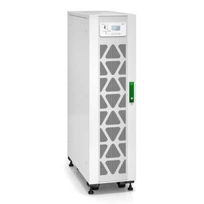 APC Easy UPS 3S 20 kVA 400 V 3:3 UPS with internal batteries - 15 minutes runtime image 2