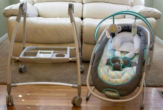 Baby InGenuity 2in1 InReach Mobile convertible lounger & bouncer with wheels & MP3 image 3