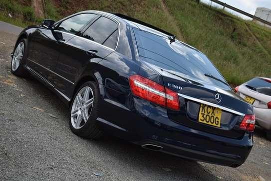 Mercedes Benz E300 2013 image 3