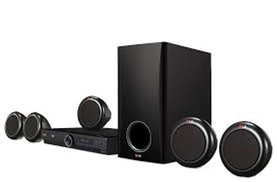 LG 3140 HOMETHEATER SYSTEM image 1