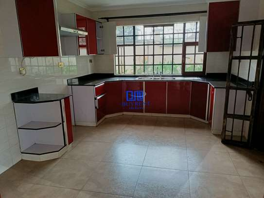 4 bedroom house for rent in Gigiri image 7