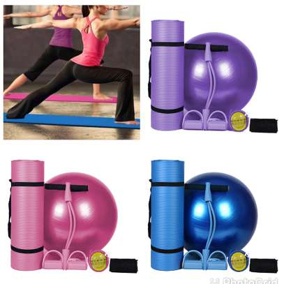 yoga mat plus yoga ball image 1