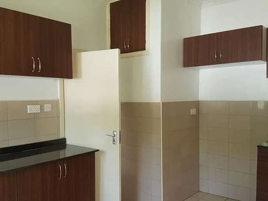 5 bedroom house for rent in Rosslyn image 15