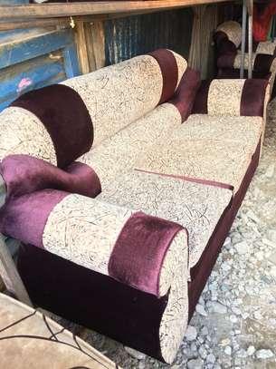 Sofa set 5 seater image 2
