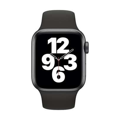 Apple Watch SE (40mm) image 1