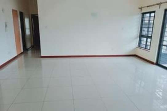 Furnished 3 bedroom apartment for rent in Rhapta Road image 15