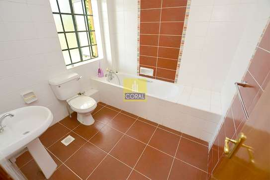 4 bedroom house for rent in Lavington image 13