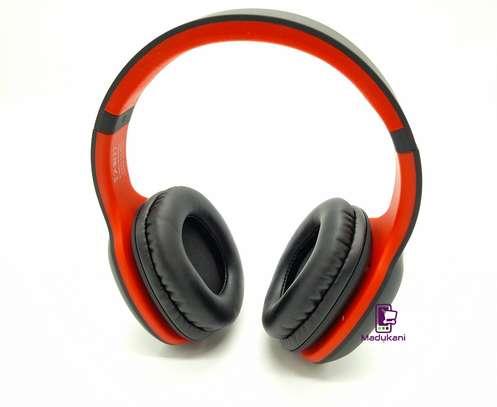 Celebrat A18 Bluetooth v5.0 Lightweight Active Noise Reduction Headphones image 4