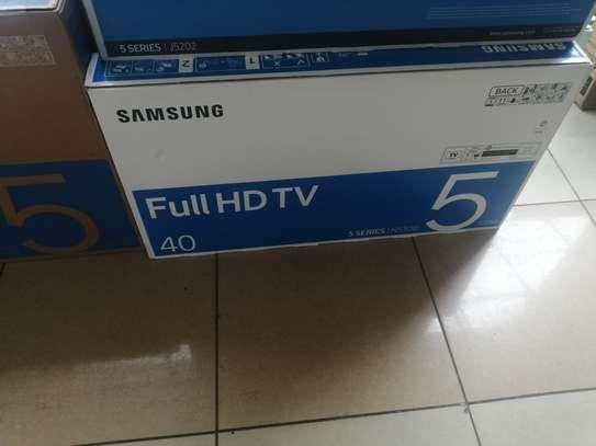 Samsung 40 smart digital tv series 5 image 1