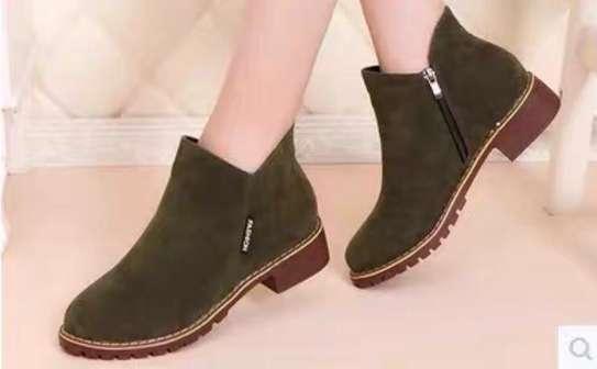 Ladies boots image 3