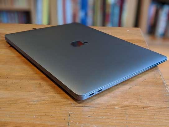 Macbook Air 2020  Intel Core i5 Processor (New) image 4