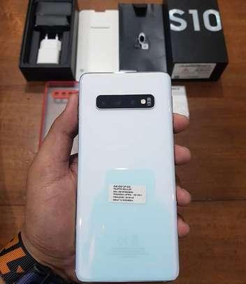 Samsung Galaxy s10 512gb fresh in the box image 2