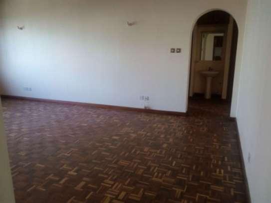 Elegant 3 Bedrooms Apartment To Let in Kilimani image 4