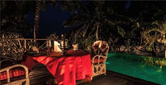 Furnished 10 bedroom villa for sale in Diani image 15