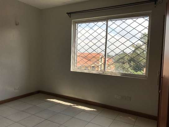3 bedroom apartment for rent in Valley Arcade image 18