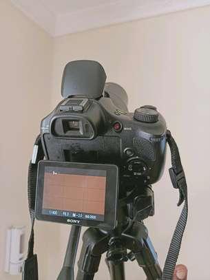 Sony Camera DSC-HX400V – 20.1MP Camera – 4K – 50x Optical Zoom image 5