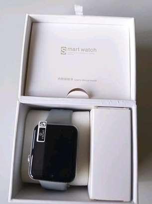 DM09 Smartwatch image 2