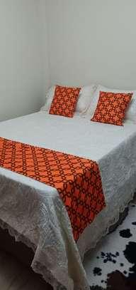 Bed runner image 1