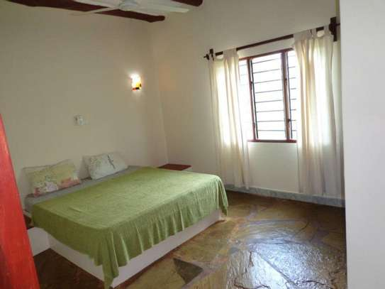 Apple Mango Apartments Diani Beach image 7