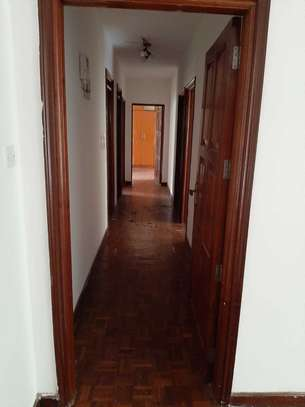Lovely 4 Bedrooms + Dsq Apartments In Westlands image 4