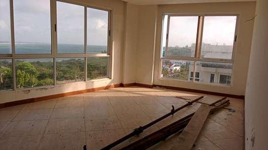 Luxurious sea view apartments to rent at nyali Mombasa Kenya image 8