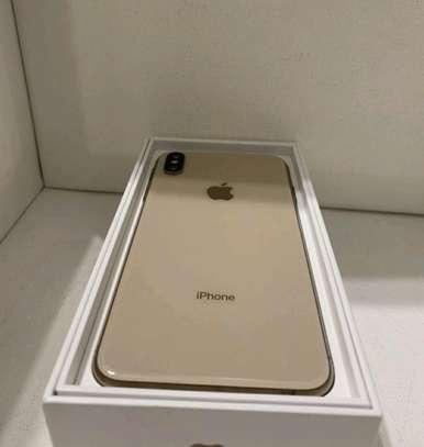 Apple Iphone xs max [ Gold 512 Gigabytes ] image 2