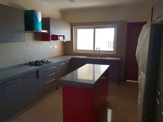 3 bedroom apartment for rent in Kilimani image 19