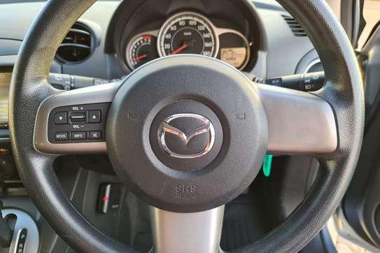 Mazda Demio 1.3 image 15