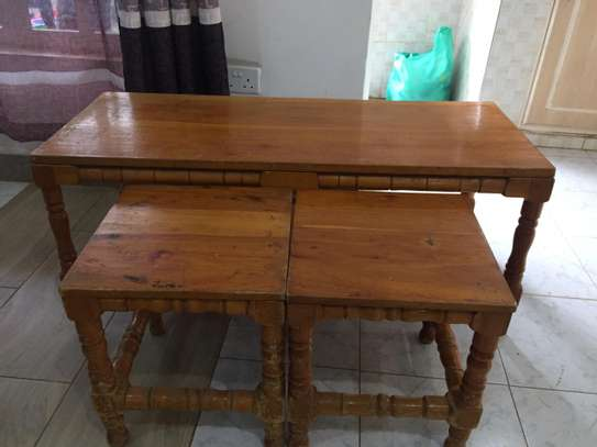 Table with 2 side tables - QUICK SALE image 7