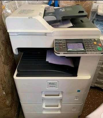 Kyocera ecosys fs 6525 photocopier machine image 1