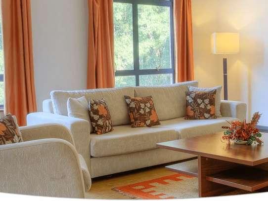 Lavington - Flat & Apartment image 8
