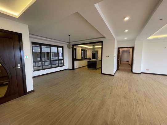 4 bedroom apartment for rent in General Mathenge image 2