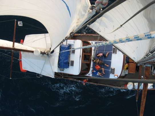 yacht for sale image 15