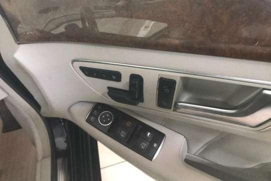Mazda 1000 image 5