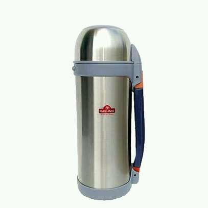 Unbreakable vacuum flask image 2