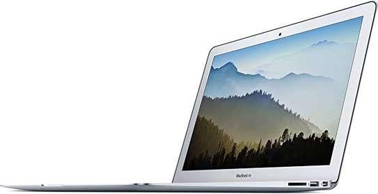 Apple MacBook Air core i5 8GB 128GB image 2