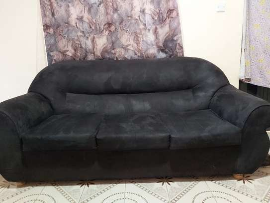 AFFORDABLE 5 SEATER SOFA SET FOR SALE