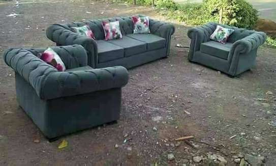 Chesterfield 3 seater Couches image 4