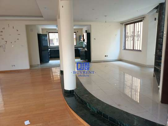 5 bedroom house for rent in Kyuna image 1